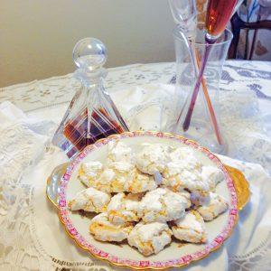 ricciarelli-dolce-forno-cortona-mercatale-arezzo-panificio-pasticceria-toscana-umbria-buffet-dolci-tipici-prodotti-monica-angori-
